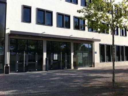 b ro und trainingsstandorte in w rzburg m nchen etc. Black Bedroom Furniture Sets. Home Design Ideas